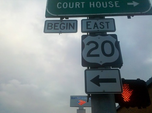 Sign in Newport, OR: End 20 West, or Begin 20 East?